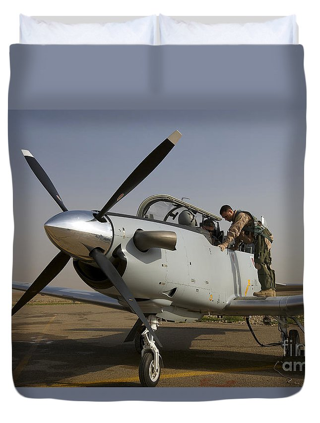 Canopy Duvet Cover featuring the photograph Camp Speicher, Iraq - U.s. Air Force by Terry Moore