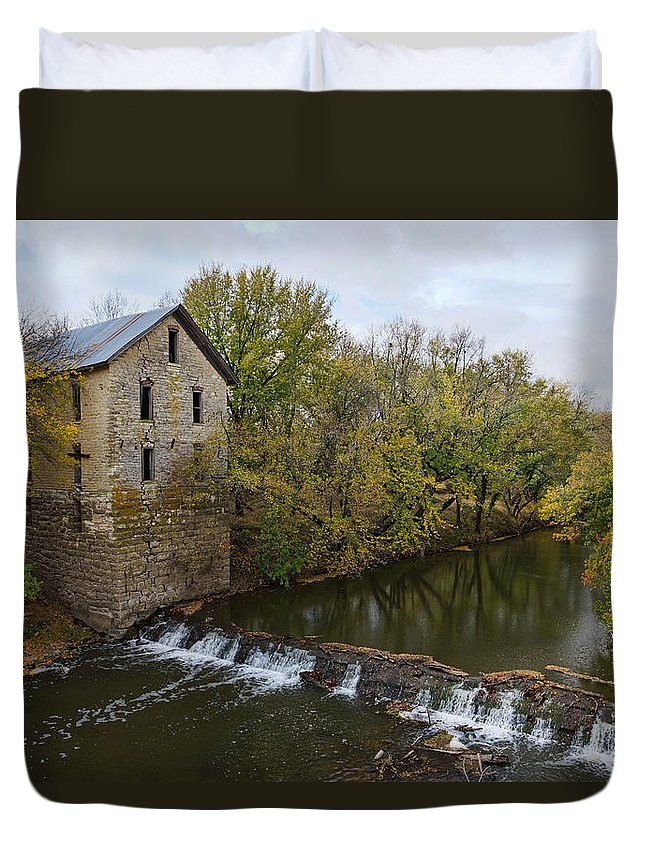 Mill Duvet Cover featuring the photograph Cedar Point Mill by Alan Hutchins
