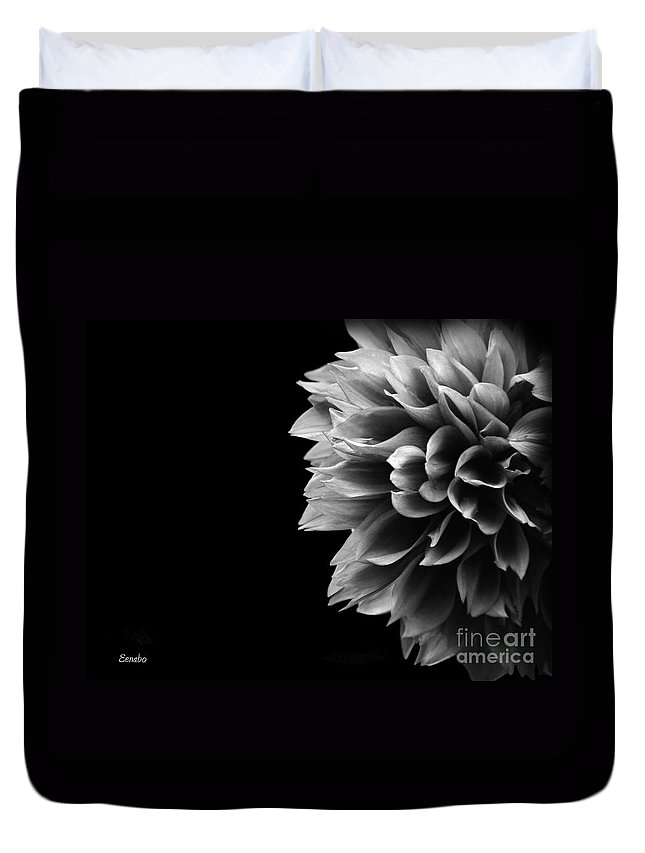 Black-and-white Duvet Cover featuring the photograph Chrysanthemum In Black And White by Eena Bo
