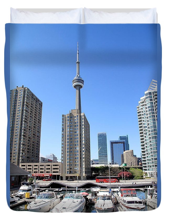 Tower Duvet Cover featuring the photograph Cn Tower by Valentino Visentini