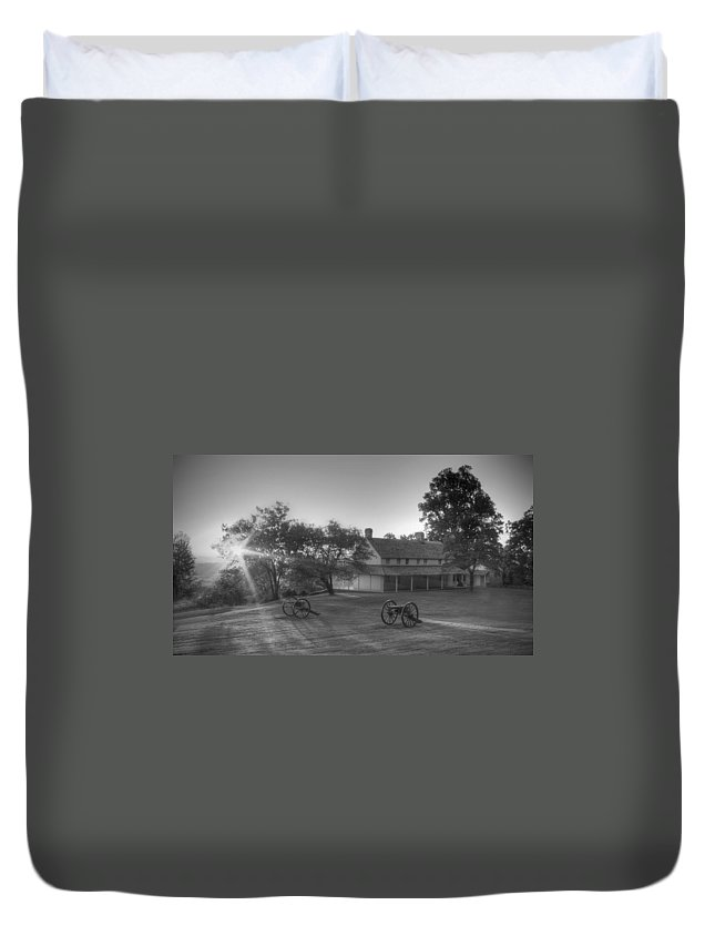 Cravens House Duvet Cover featuring the photograph Cravens House by David Troxel