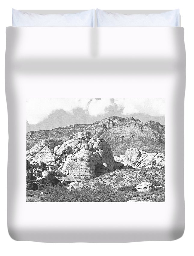Pencil Duvet Cover featuring the photograph Desert Hikers by Frank Wilson
