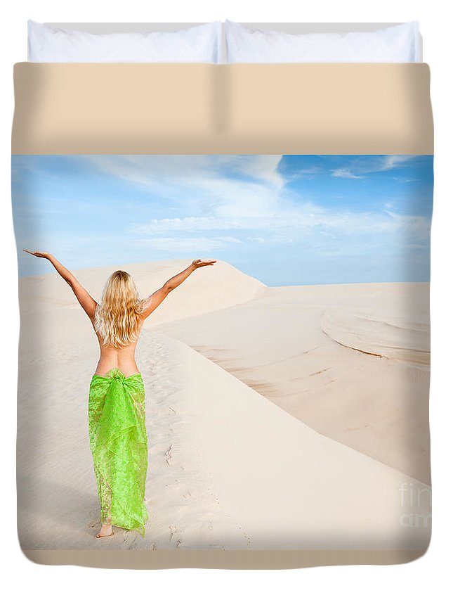 Woman Duvet Cover featuring the photograph Desert Woman by MotHaiBaPhoto Prints
