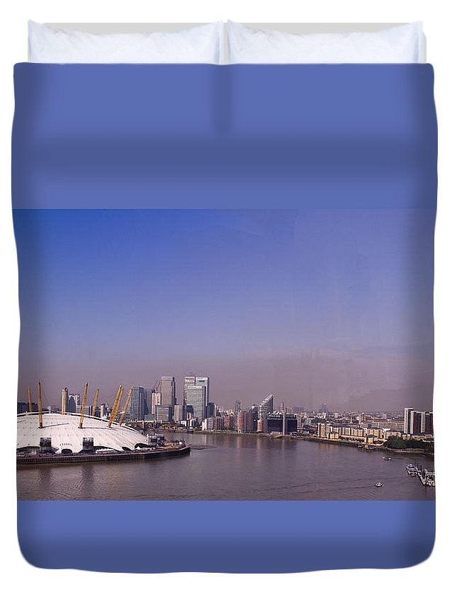 Skyline Duvet Cover featuring the photograph Emirates Cable Car Skyline by David French