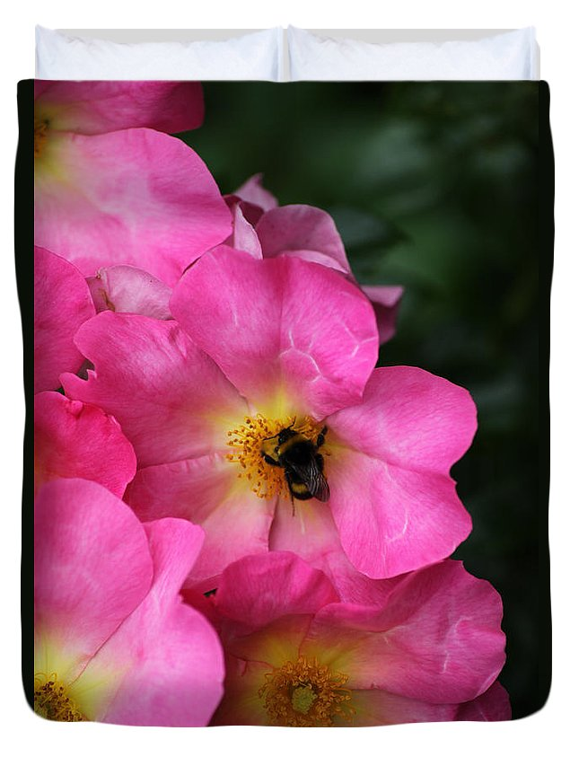 Flower Duvet Cover featuring the photograph Floral 0017 by Carol Ann Thomas