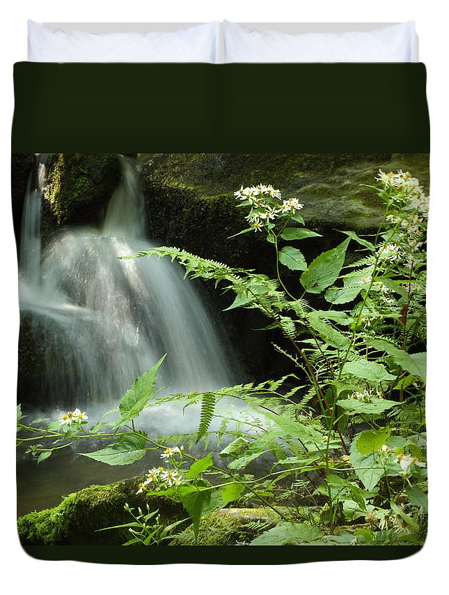 Tennessee Duvet Cover featuring the photograph Flowers And Falls by Andrew McInnes