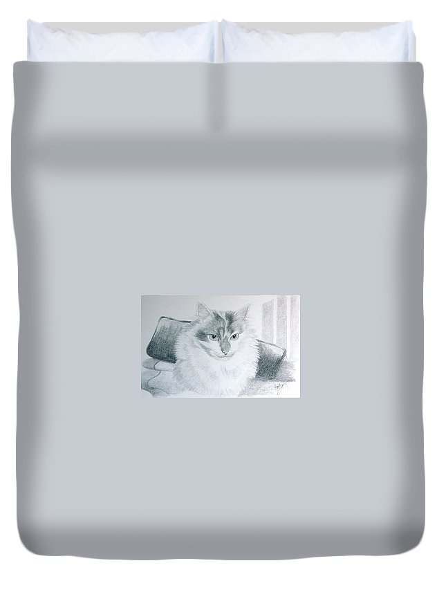 Pet Portrait Art Duvet Cover featuring the drawing Idget by Joette Snyder