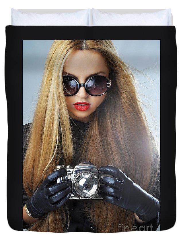 Yhun Suarez Duvet Cover featuring the photograph Liuda10 by Yhun Suarez