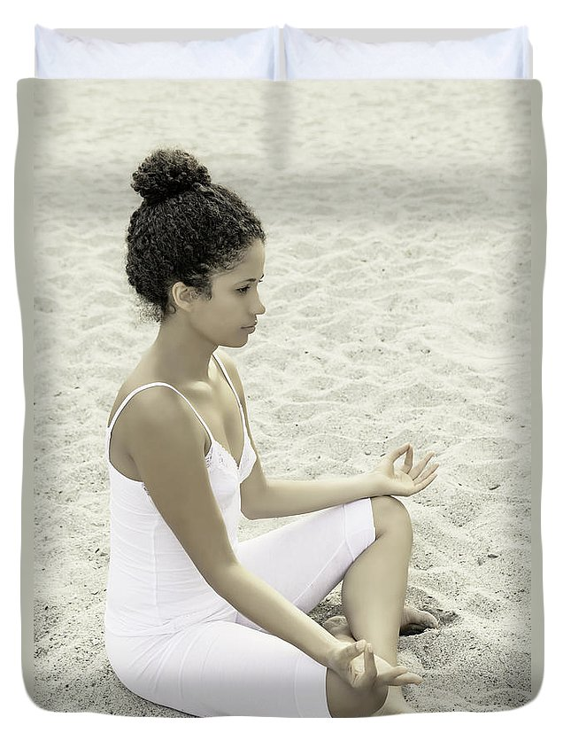 Female Duvet Cover featuring the photograph Meditation by Joana Kruse