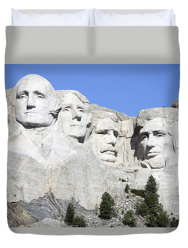 Carving Duvet Cover featuring the photograph Mount Rushmore National Memorial, South by Richard Roscoe