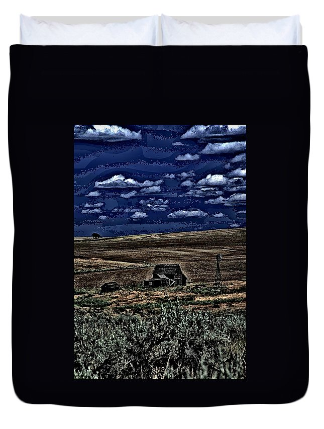 Abandoned Duvet Cover featuring the photograph Old Farm by One Rude Dawg Orcutt