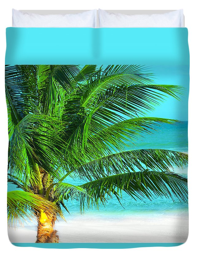 Tropical Duvet Cover featuring the photograph Palm Tree by MotHaiBaPhoto Prints