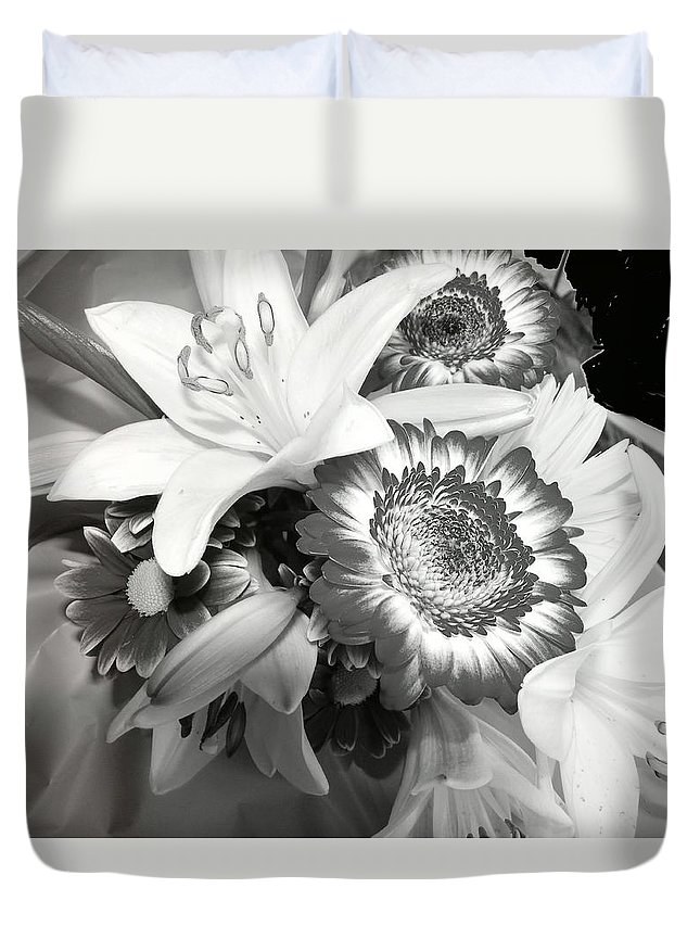 Abstract Duvet Cover featuring the photograph Subterranean Memories 7 by Lenore Senior