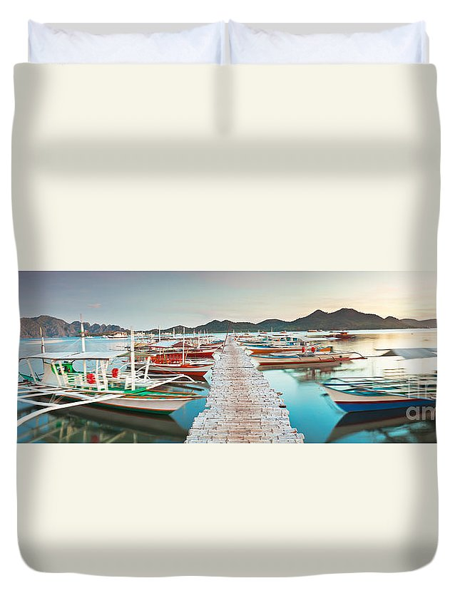 Panorama Duvet Cover featuring the photograph Wooden Pier by MotHaiBaPhoto Prints