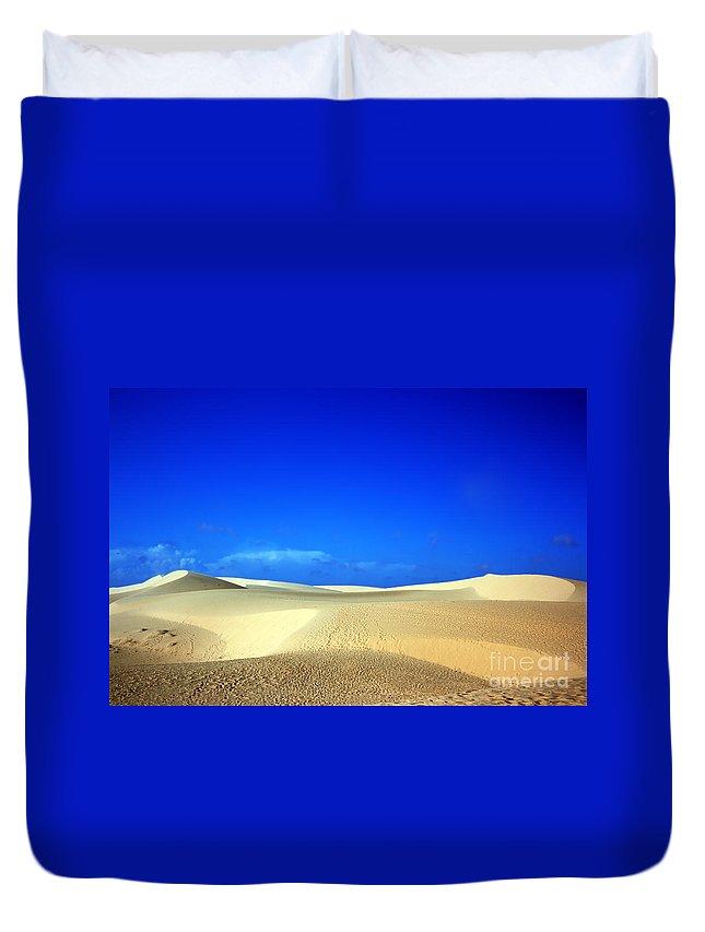 Dunes Duvet Cover featuring the photograph Desert by MotHaiBaPhoto Prints