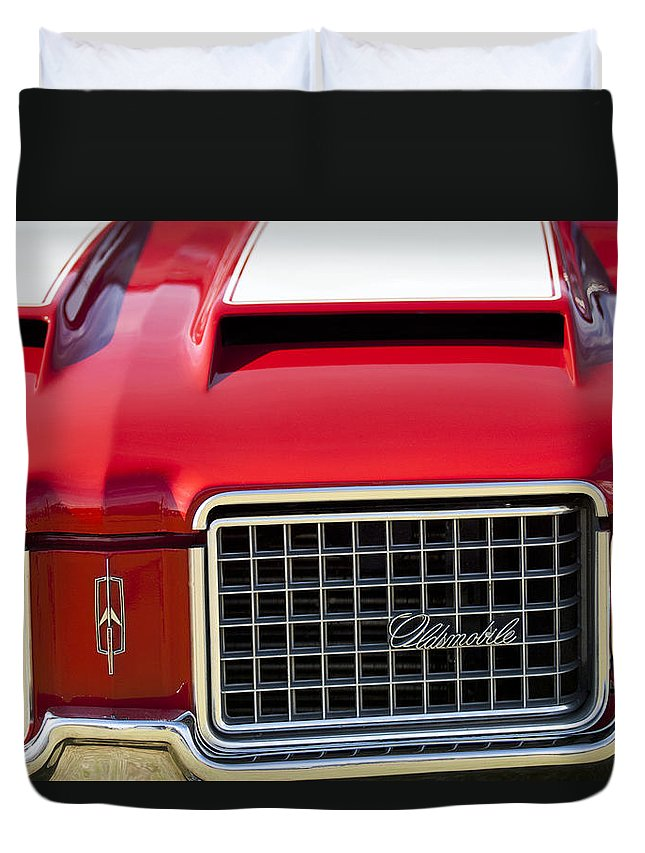 1972 Oldsmobile Duvet Cover featuring the photograph 1972 Oldsmobile Grille by Jill Reger