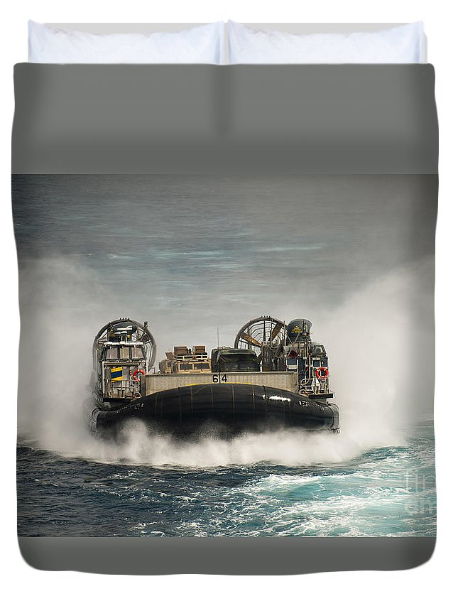 Lcac Duvet Cover featuring the photograph A Landing Craft Air Cushion Transits by Stocktrek Images