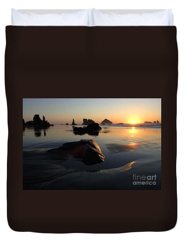 Bandon Beach Duvet Cover featuring the photograph Bandon Beach Sunset by Bob Christopher