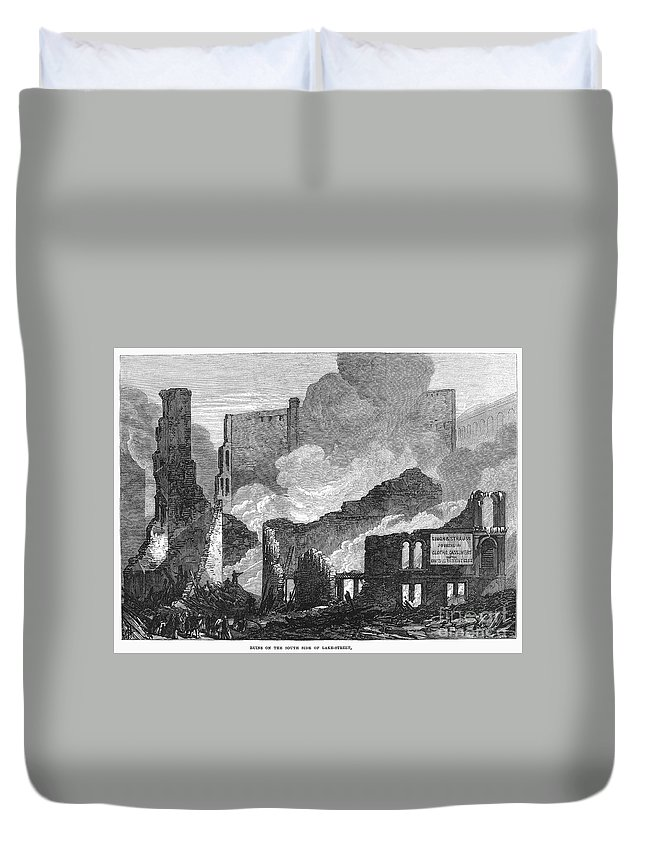 1871 Duvet Cover featuring the photograph Chicago: Fire, 1871 by Granger