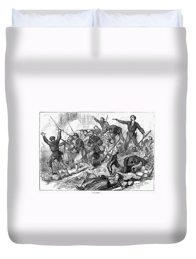 1871 Duvet Cover featuring the photograph Paris Commune, 1871 by Granger