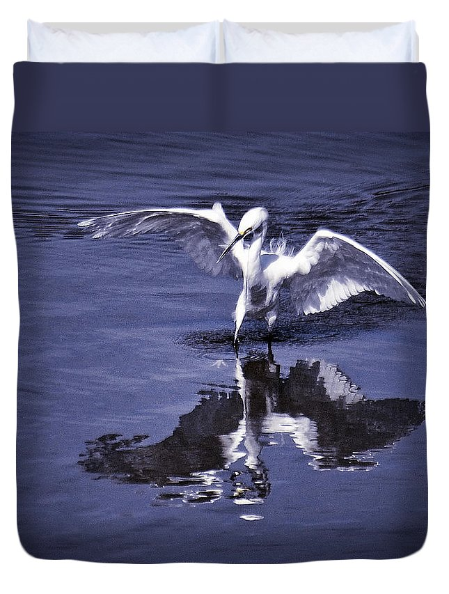 Snowy Egret Duvet Cover featuring the photograph Reflections by Saija Lehtonen