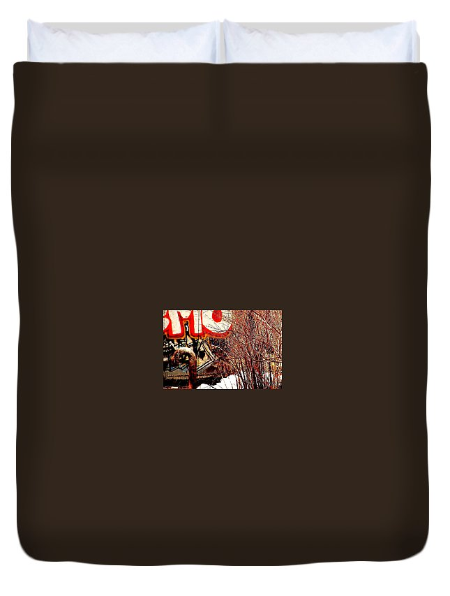 Graffiti Duvet Cover featuring the photograph Untitled 2 by Jeff Heimlich