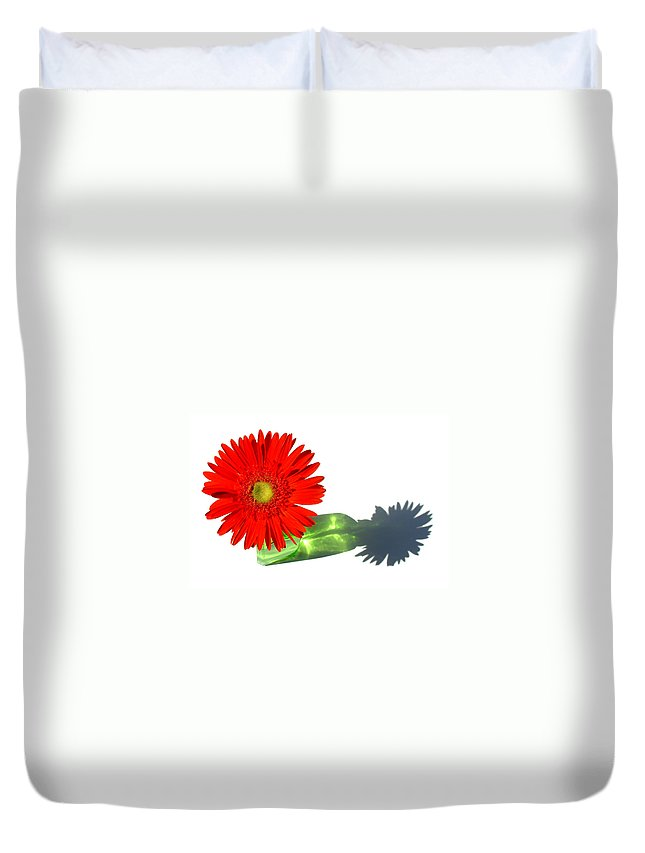 Gerbera Photographs Duvet Cover featuring the photograph 2002a-2 by Kimberlie Gerner