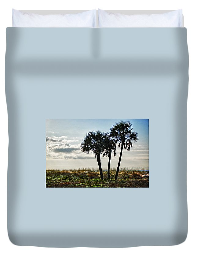 Alabama Photographer Duvet Cover featuring the digital art 3 Palms On The Beach by Michael Thomas
