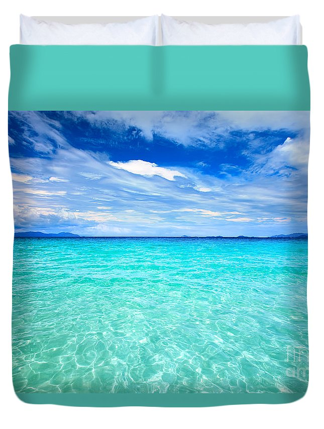 Ocean Duvet Cover featuring the photograph Sea by MotHaiBaPhoto Prints