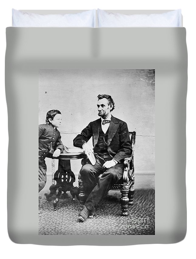 1865 Duvet Cover featuring the photograph Abraham Lincoln by Granger