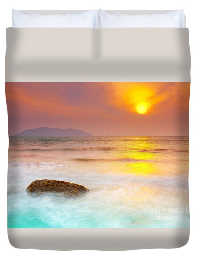Sunrise Duvet Cover featuring the photograph Sunrise by MotHaiBaPhoto Prints