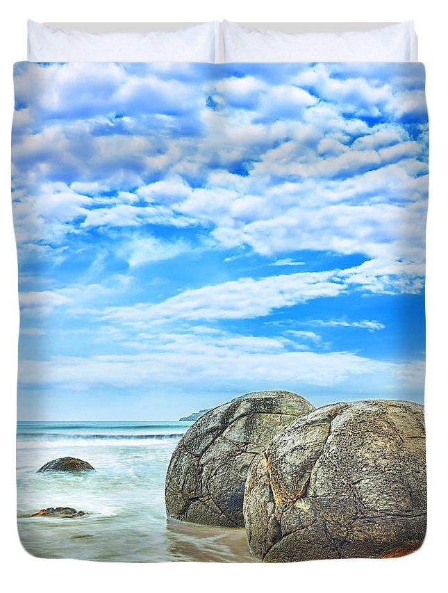 Moeraki Duvet Cover featuring the photograph Moeraki Boulders by MotHaiBaPhoto Prints