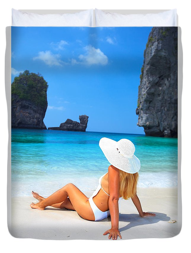 Woman Duvet Cover featuring the photograph Woman On The Beach by MotHaiBaPhoto Prints