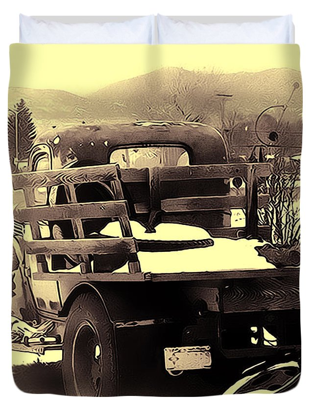 Truck Duvet Cover featuring the photograph Before The Storm by Terry Fiala