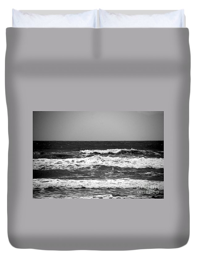 Waves Duvet Cover featuring the photograph A Gray November Day At The Beach - II by Susanne Van Hulst