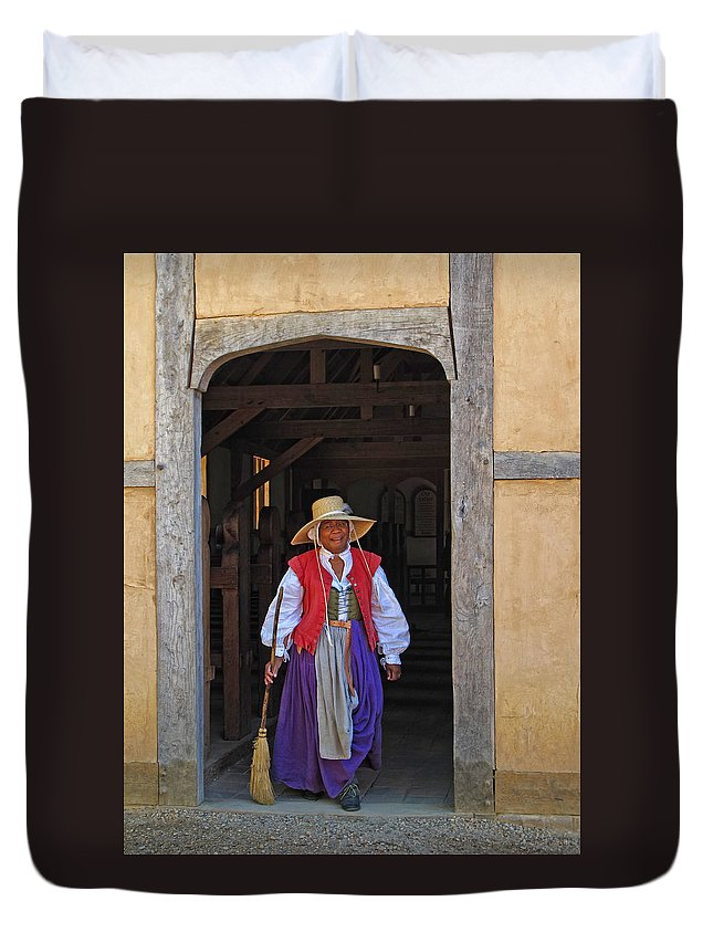 Jamestown Duvet Cover featuring the photograph A Jamestown Colonist by Dave Mills