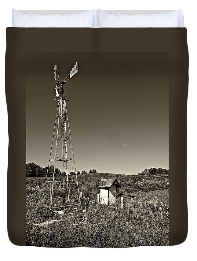Grey Roots Museum & Archives Duvet Cover featuring the photograph A Moving Memory Monochrome by Steve Harrington