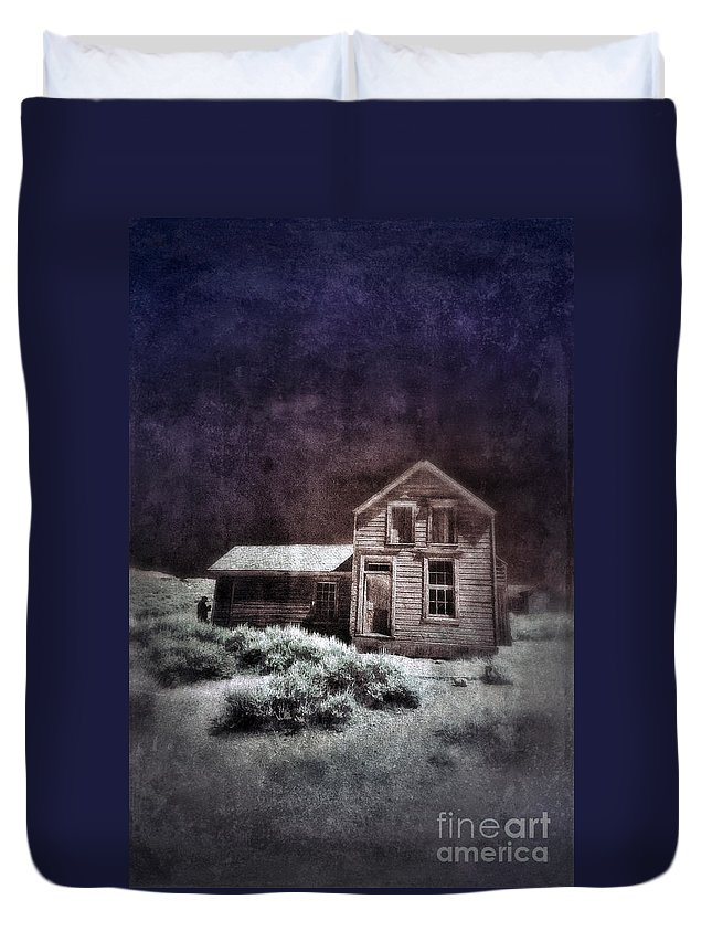 Shack Duvet Cover featuring the photograph Abandoned House In Infrared by Jill Battaglia