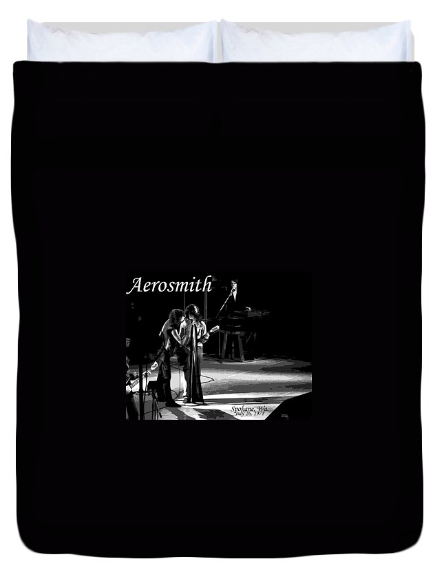 Aerosmith Duvet Cover featuring the photograph Aerosmith In Spokane 12b by Ben Upham
