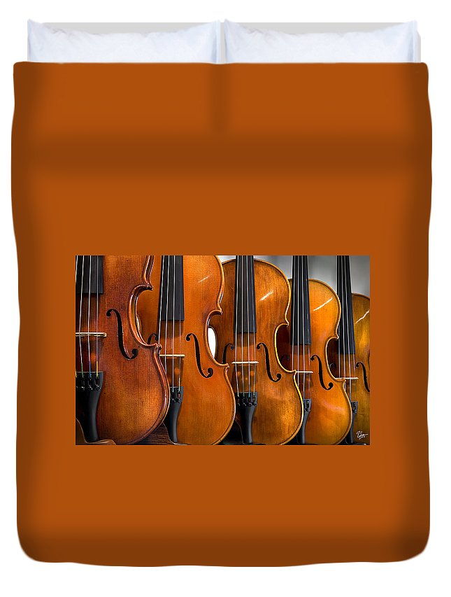 Violin Duvet Cover featuring the photograph All In A Row by Endre Balogh