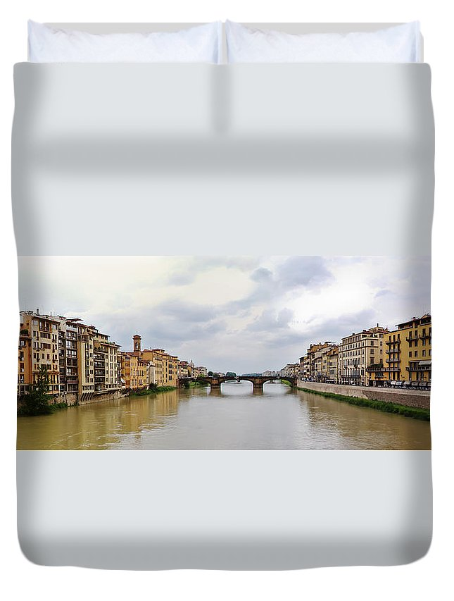 Frienze Duvet Cover featuring the photograph Arno River In Florence Italy by Roger Mullenhour