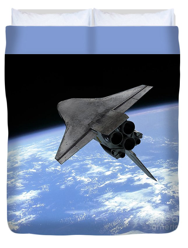 Space Exploration Duvet Cover featuring the digital art Artists Concept Of A Space Shuttle by Walter Myers