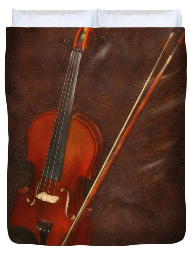 Violin Duvet Cover featuring the digital art Artist's Violin by Dale Jackson