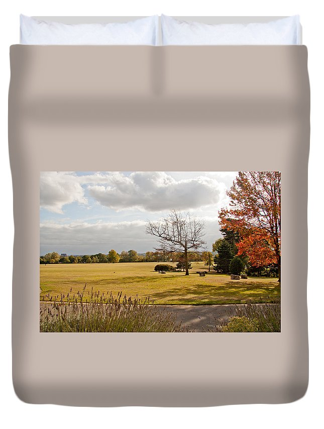 Avery Hill Duvet Cover featuring the photograph Avery Hill Parkland by Dawn OConnor