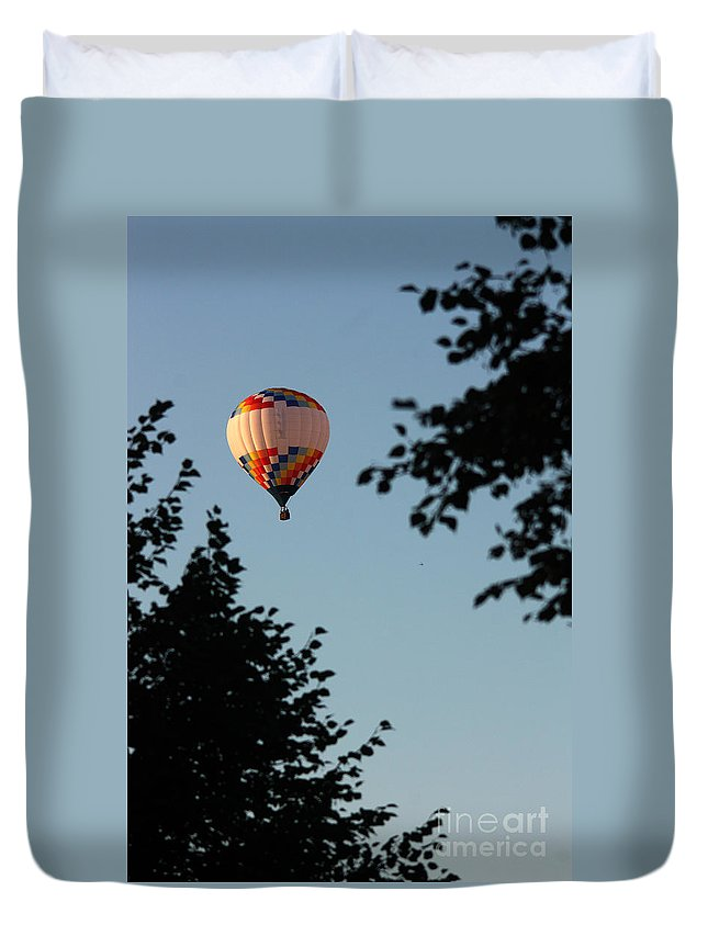Hot Air Balloon Duvet Cover featuring the photograph Balloon-7081 by Gary Gingrich Galleries