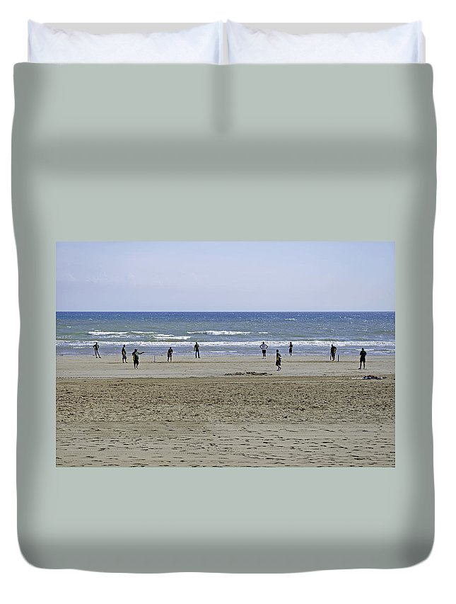 Bridlington Duvet Cover featuring the photograph Beach Cricket - Bridlington by Rod Johnson