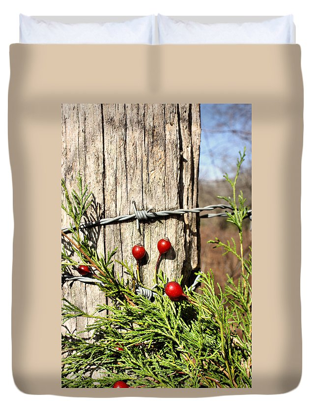 Christmas Duvet Cover featuring the photograph Berries And Barbs by Kristin Elmquist