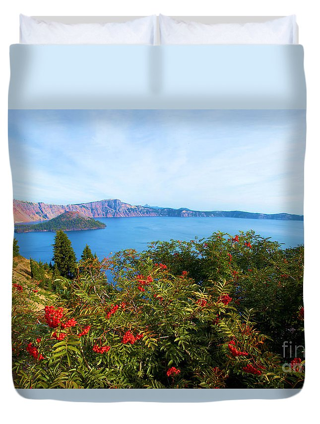 Crater Lake National Park Duvet Cover featuring the photograph Berries And The Wizard by Adam Jewell