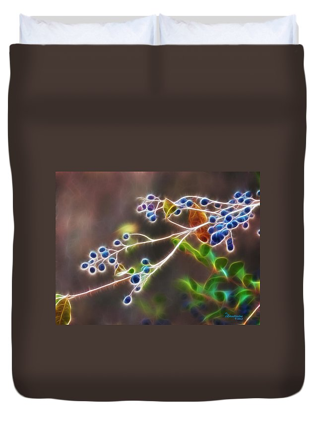 Tn Duvet Cover featuring the photograph Berry Blast by Ericamaxine Price