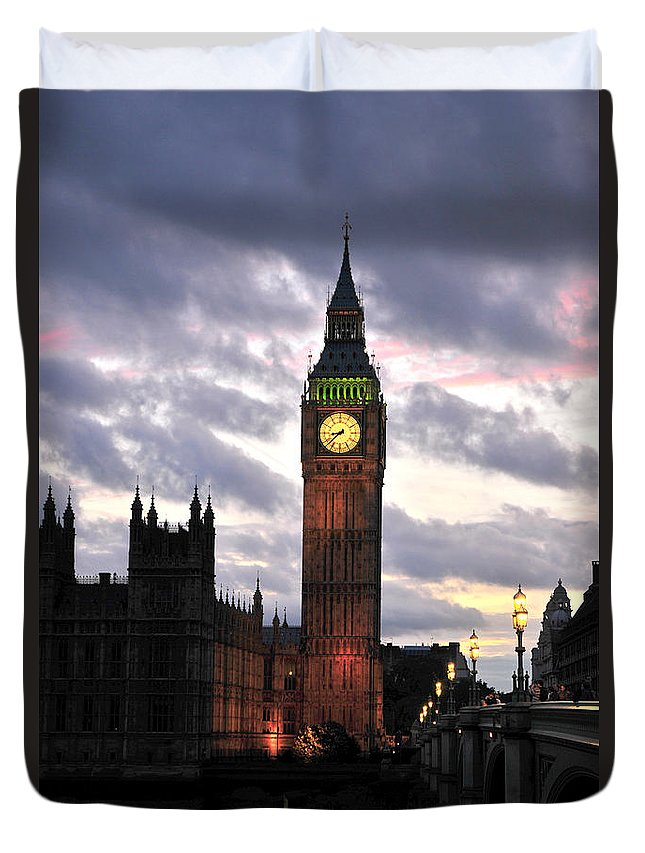 Power Duvet Cover featuring the photograph Big Ben Sunset by Jim Chamberlain